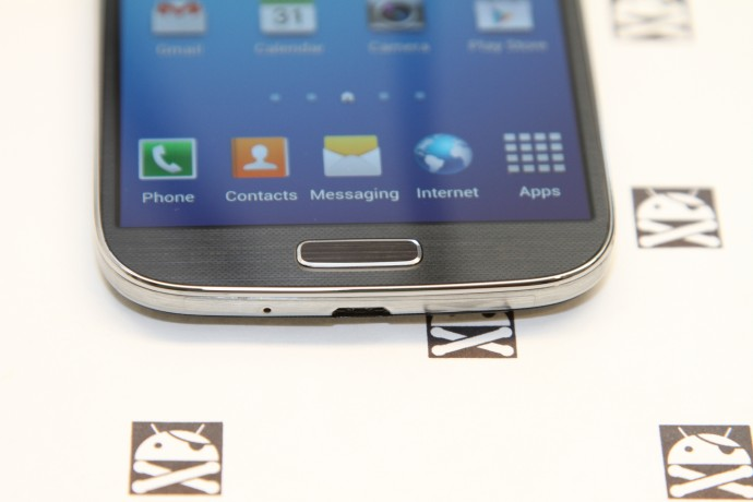 GalaxyS4Unboxing-5