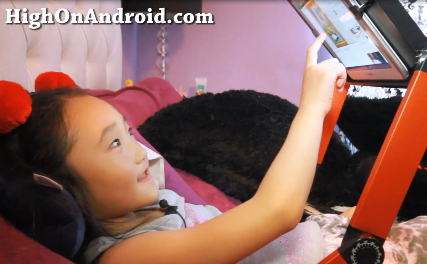 why-you-should-use-tablet-bed-stand