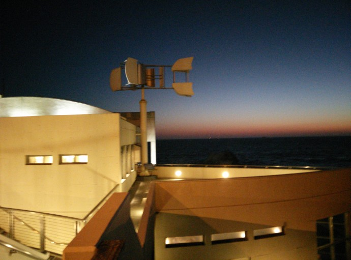 OnePlusOne-LowLight-CliffHouse-2