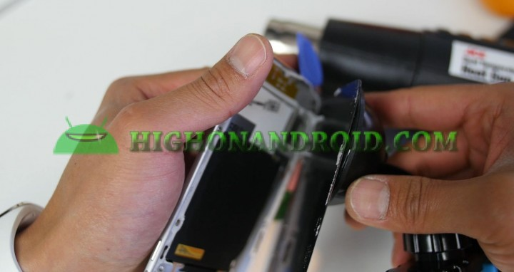 howto-disassemble-galaxys6edge-screen-replacement-6