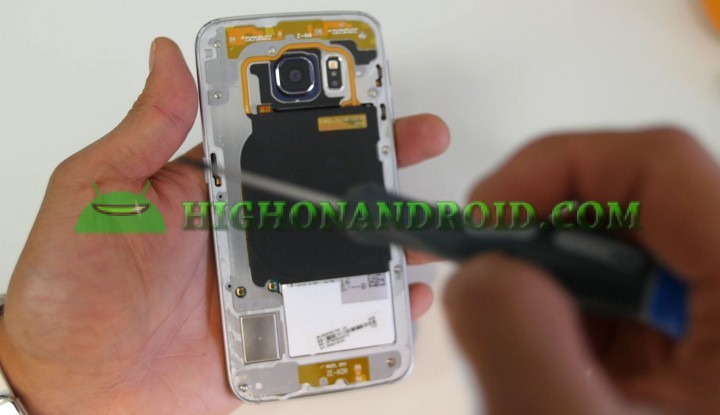 howto-disassemble-galaxys6edge-screen-replacement-7