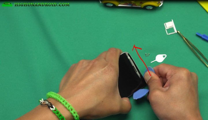 howto-disassemble-lgg5-screen-replacements-parts-repair-4