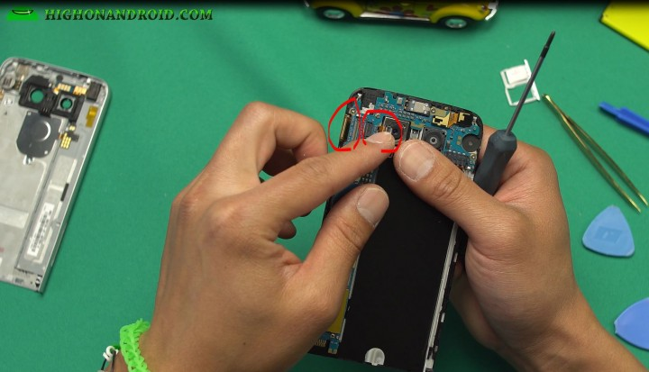 howto-disassemble-lgg5-screen-replacements-parts-repair-8